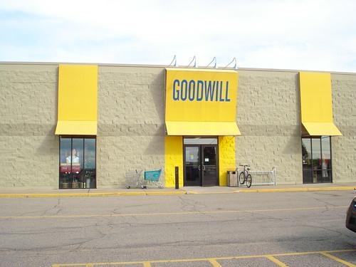 08/14/10 Goodwill, Shakopee, MN