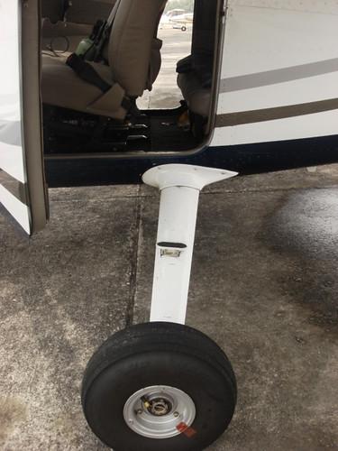 KL by air - wheels