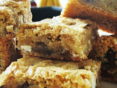 chewy, chunky blondies - 13