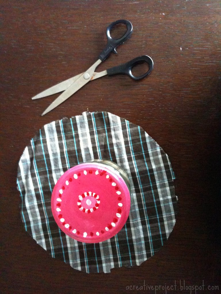 Cloth cover for jam jars