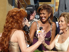 Kathy Griffin chats up Hoda and Kathy Lee at 2008 Emmys