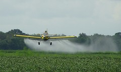 AT 502 (Agcatman) Tags: yellow flying beans louisiana spray ag spraying cropduster 502 airtractor at502 lewisbroussardflyingservice