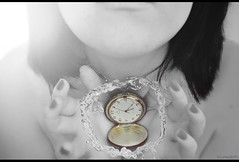 Detén el tiempo en tus manos... (Lunayda) Tags: old black color clock water girl vintage hands time watch bn sensual nails stop short soul reloj hours conceptual sensuality tiempo flickraward lunayda