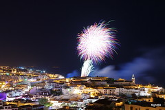 Albufeira, fogo de artifcio (flight69) Tags: longexposure panorama portugal night geotagged photography evening noche photo exposure cityscape nightshot pentax fireworks nacht noite algarve nuit nocturne notte albufeira dfa costal nachtaufnahme nocturno langzeitbelichtung     madeinportugal nightcityscape flight69  eventidafotografare pentaxart nachtphotographie