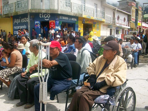 Club Rotario Barillas entrega 20 sillas de rueda