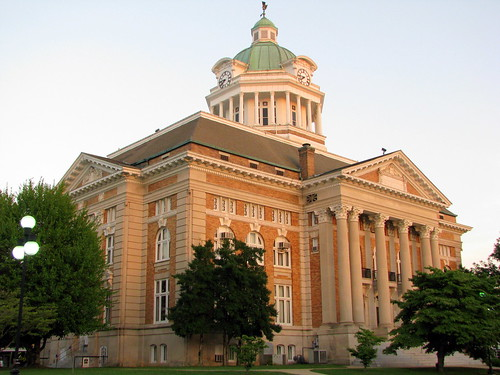Giles Co. Courthouse at Dusk