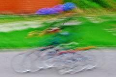 1- 18 aot 2010 Nivelles Quand le petit cycliste prend de la vitesse... (melina1965) Tags: sol bike movement nikon belgique pavement bikes bubbles august bubble vlo mouvement 2010 aot vlos wallonie sols brabantwallon nivelles d80 bullesdesavon bulledesavon umbralaward flickrsocialclub