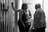(...storrao...) Tags: bw portugal pessoas nikon women lisboa streetphotography pb nb photowalk talking alfama onthestreet conversa d90 senhoras storrao sofiatorrão nikond90bw lxpw