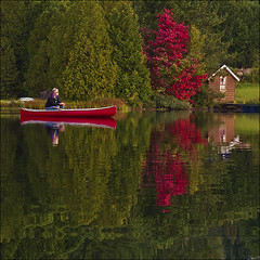 Yes, it's this morning… (NaPix -- (Time out)) Tags: morning trees red lake canada man reflection fall sunrise dawn fishing colours quebec canoe convertedfromraw napix yesitsthismorning…andwehavesomeredtreesalready theearlybirdsgets…thefishthepix