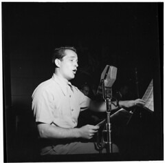 [Portrait of Perry Como, New York, N.Y., ca. O...