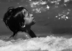 sole&sale (myrrhis_mb) Tags: mare estate sale pesci sole acqua nuoto gioco bambino schiuma nuotare