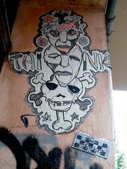 Think (Flats!) Tags: streetart berlin pasteup kreuzberg germany deutschland drawing wheatpaste paste glue think fork 25 duitsland knive pasteups berlijn xberg