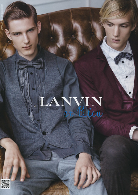 Paul Boche5132_Lanvin en Bleu Fall2010(JOKER2010_09)