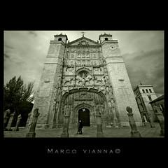 Valladolid (m@®©ãǿ►ðȅtǭǹȁðǿr◄©) Tags: iglesiaconventualdesanpablo iglesiadesanpablodevalladolid valladolid castillayleón españa imagenesdeespaña imagenesdevalladolid blancoynegro monocromo bw canon canoneos400ddigital sigma sigma10÷20mmexdc m®©ãǿ►ðȅtǭǹȁðǿr◄© marcovianna marcoviannafotógrafo