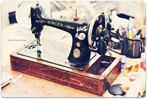 Vintage Singer 1930's