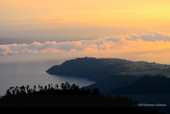 Hutaginjang -D20_0040 (Johnny Siahaan) Tags: sunset mountains misty clouds sunrise indonesia gunung batak toba laketoba sumatera huta danautoba sumaterautara tobalake matahariterbit tapanuliutara hutaginjang taput johnnysiahaan mataharipagi fotodanautoba fotohutaginjang