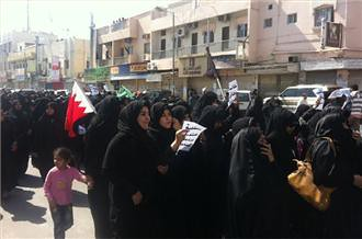 Bahrain masses attend funeral for person killed in the attacks on demonstrators on Feb. 14, 2011. The government has been deadlocked with large numbers of parliamentarians refusing to attend the legislative sessions. by Pan-African News Wire File Photos