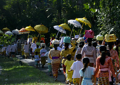 A traditional hindu temple festival procession, Bali island, Canggu, Indonesia (Eric Lafforgue) Tags: asia asian bali balinese baskets carry carrying celebration ceremony children clothing colorful culture day event festival festivity flowers gifts groupofpeople hindu hinduism horizontal img49611 indonesia indonesian offerings outdoors parade parasols pilgrimage procession rearview religion religious ritualofferings sacred spiritual spirituality tradition traditional umbrellas walking women canggu baliisland
