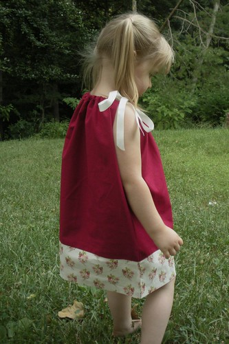 pillowcase dress maroon with cream (1)