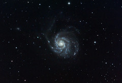 M101 v2 (kappacygni) Tags: canon spiral eos major galaxy phd ursa meade m101 450d eq6 maxvision Astrometrydotnet:status=solved qhy5 astro:subject=m101 Astrometrydotnet:version=14400 astro:gmt=20100404t2200 Astrometrydotnet:id=alpha20100674655520