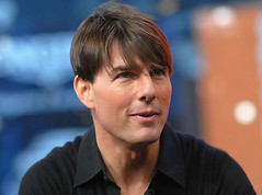 tom cruise no sideburns