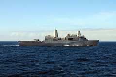 100628-N-9301W-386 (U.S. Pacific Fleet) Tags: ship navy pacificocean usnavy underway southernpartnershipstation amphibioustransportdockshipussneworleanslpd18
