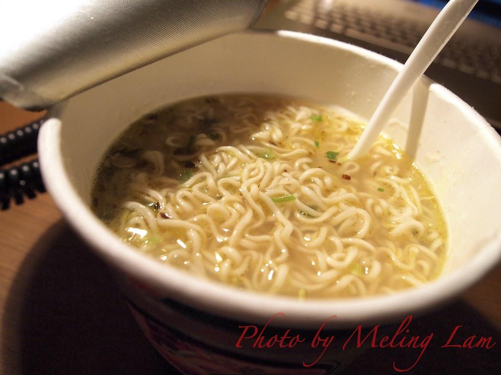 shanghai world expo food 上海世博美食 康師傅香菇燉雞麵