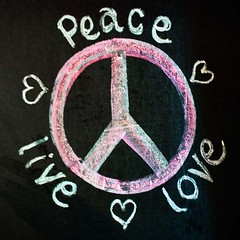 Peace .. the other version ... (♥ Angel of light ♥) Tags: pink blue summer stilllife white colour green art love yellow illustration freedom design chalk rainbow artwork 60s peace heart graphic symbol handmade drawing live unity seasonal passion shape independenceday blackboard peaceonearth 4thjuly handdrawn tweet loveandpeace makelovenotwar banthebomb twitter abetterfuture forourchildren angeloflight2009 whatgettywants forourchildrenschildren peacetoallmen putdownyourarms gettyimagesstilllife summertimeuk