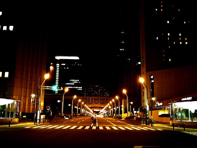 夜の西新宿、散歩。