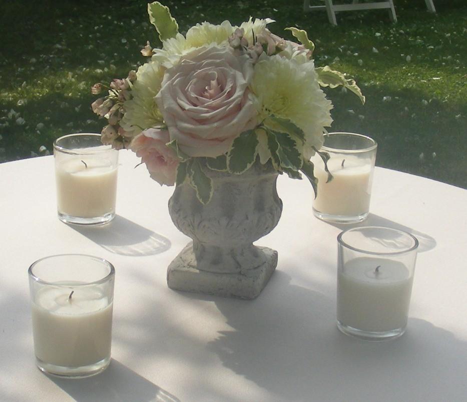 Mini urn arrangements for cocktail tables