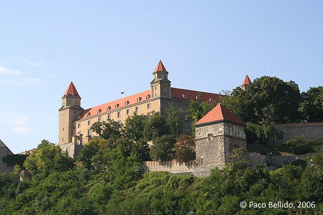 El castillo de Bratislava. © Paco Bellido, 2006