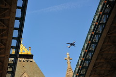 A view of a British Airways Boeing 777-200 () Tags: camera city uk greatbritain bridge blue vacation england sky white holiday london tower westminster towerbridge plane londonbridge airplane fly inflight nikon downtown britishisles unitedkingdom britain aircraft centro flight jet thecity aerial bleu londres gb drawbridge ba boeing 70300mm britishairways 777 suspensionbridge londra rtw airliner vacanze avion lhr towerhill a100 roundtheworld londinium globetrotter centrallondon areo  londonist movablebridge cityofwestminster basculebridge 777200   e1w insidetheplane worldtraveler ad43 22days boeing777200 constitutionalmonarchy  d700  nikond700 republicancommonwealth