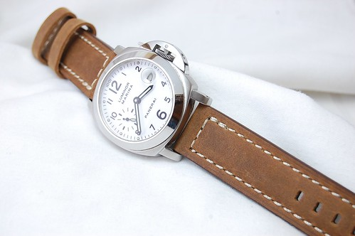 PAM 49 with Sportivo Vintage Tan 22mm