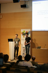 Maxime and Thomas giving the MapOSMatic talk
