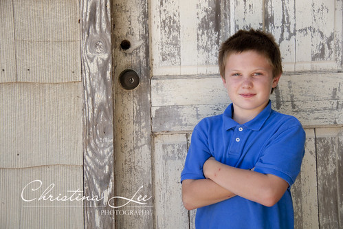 {DFW Photographer} Chance by the door.