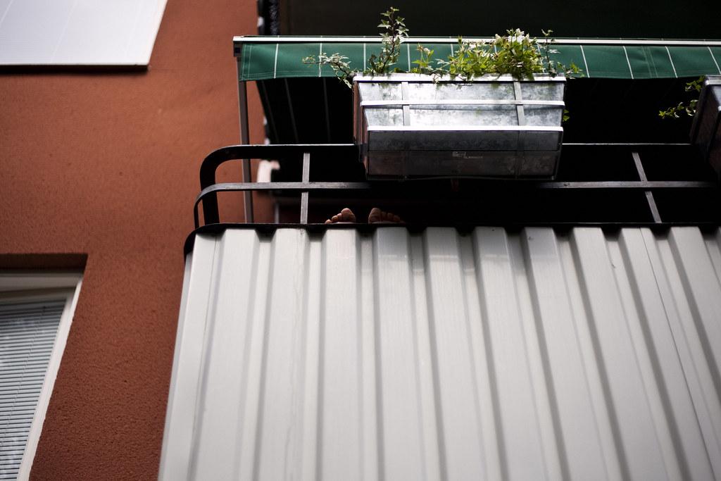 Stina på balkongen