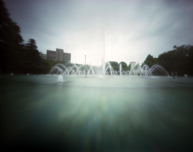 A fountain in park(富山県庁前公園の噴水)
