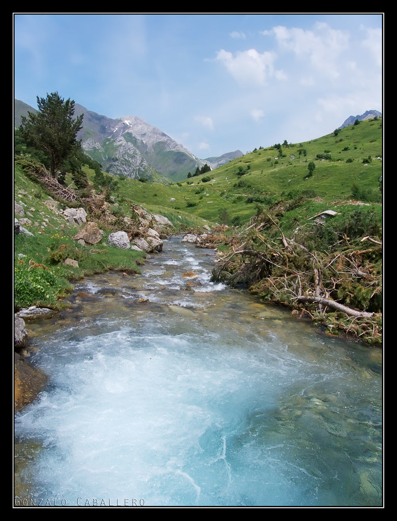 Poza en el río Otal