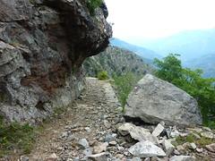 Sentier de descente de Caprunale