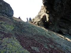 Trou du Tafonatu : le groupe sous l'arche vu de l'W