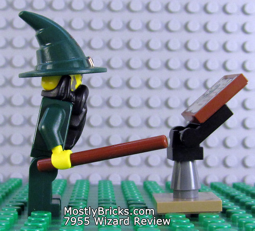 LEGO Kingdoms 7955 Wizard Review (2010)