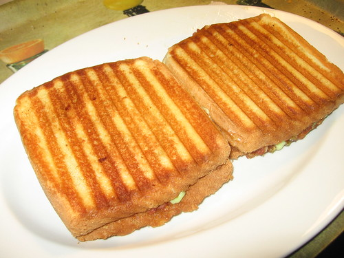 Grilled New Zealand chilli corned beef sandwiches with wasabi sauce