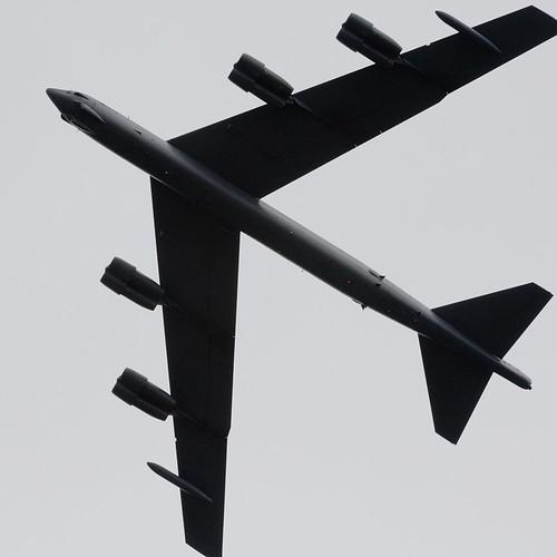B-52 (by tim2ubh)