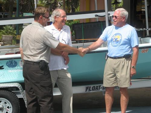 boat donation jimmybuffett usfws oilspill usfishandwildlifeservice bonsecour httpwwwfwsgovhomedhoilspill