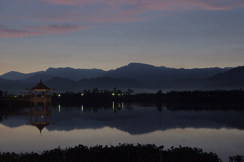 早安,中正湖,還有古厝