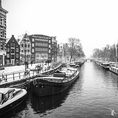 - canal - (FRJ photography) Tags: winter sky bw cloud white snow black holland netherlands amsterdam night boat day view hiver north nb jour ciel neige bateau bas et nuit paysbas pays blanc vue noordholland noire hollande provincie hollandeseptentrionale noardholland