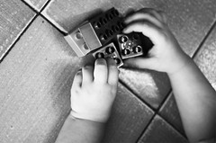 Si comincia dal primo mattone (DISAMISTADE_my life is a reportage!) Tags: stilllife concept biancoenero concettuale
