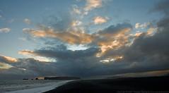 Beach (Thomas Suurland) Tags: sunset water iceland twilight 2007 suurland thomassuurland