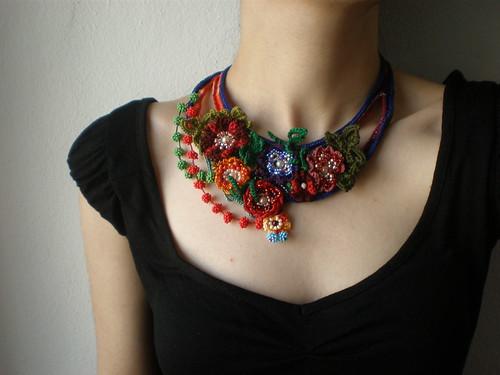 Amazon.com: Bead Crochet Jewelry: Tools, Tips, and 15 Beautiful