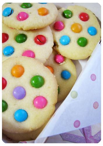 polka dots cookies